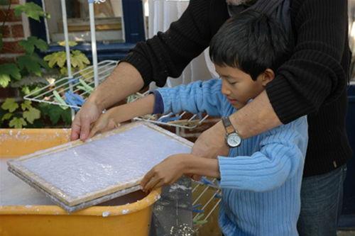 Fabrication de papier artisanal